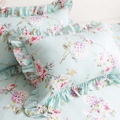 Share this page with others and get 10% off! Victorian Blue Garden Duvet Cover Set