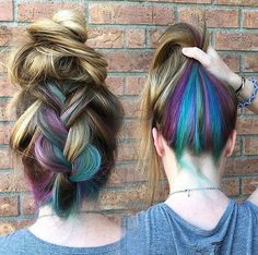 Inspiring Pastel Hair Color Ideas – My hair and beauty Pastel Hair, Purple Hair, Hidden Hair Color, Underlights Hair, Bright Hair Colors, Colorful Hair, Peekaboo Hair Colors, Mermaid Hair, Mermaid Makeup
