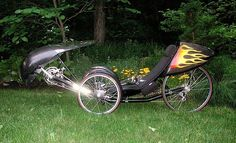This trike is calling me First Humans, Cool Bicycles, Bike Design, Vintage Bicycles, Tricycle, Motorcycle Design, Bicycle Design