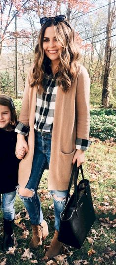 Look at our simplistic, comfortable & simply stylish Casual Fall Outfit smart ideas. Get inspired with your weekend-readycasual looks by pinning your most favorite looks. casual fall outfits for teens Cute Fall Outfits, Fall Winter Outfits, Autumn Winter Fashion, Fall Fashion 2018, Winter Clothes, Fall Outfits 2018, Winter Style, Bohemian Fall Outfits, Casual Outfits For Moms