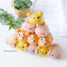 [Recipe up on my blog] Winnie the Pooh Tsum Tsum 3D bread buns! Link in profile.  These stackable pull-apart bread buns look just like Disney Tsum Tsum​ game right?  Heheh I made the characters from Winnie the Pooh​ including Pooh Bear, Tigger, Eeyore and Piglet!  プーさんのツムツムのちぎりパンです。可愛いですか?  最近3Dちぎりパンの作ることが人気手ですね~パンは可愛いし、おいしかったんです。  良かったら、レシピは私のブログをご覧ください。よろしく  @ashy_gfamさん, @umi0407さん、インスピレーションありがとうございました。