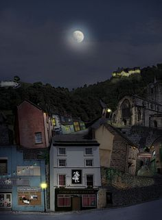 Wirksworth Townscape by Raymond Raymond Repton Darbyshire Moving To Australia, Peak District, Derbyshire, Green Grass, Great Britain, Wonderful Places, Places To See, Landscapes, To Go
