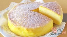 "The Whole World Is Crazy For This ""Japanese Cheesecake"" With Only 3 Ingredients! - Afternoon Recipes<< I have GOT to make this! It's so easy, and delicious! I mean, it's cheesecake! Everything like that is delicious! Just Desserts, Delicious Desserts, Yummy Food, Delicious Dishes, Low Carb Desserts, Cheesecake Recipes, Dessert Recipes, Simple Cheesecake, Yogurt"