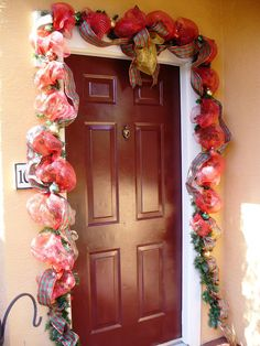 How To: Beautiful Christmas Door Garland - A Sparkly Life for Me