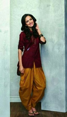 Casual indian look Indian Suits, Indian Attire, Indian Dresses, Indian Wear, Indian Look, Indian Style, Desi Wear, Desi Clothes, Asian Fashion