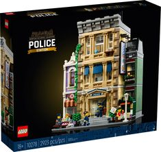 Police Station 10278 | Creator Expert | Buy online at the Official LEGO® Shop US Lego Modular, Model Building Kits, Lego Building, Lego Polizeistation, Legos, Lego Sets, Boutique Lego, Construction Lego, Brick Store