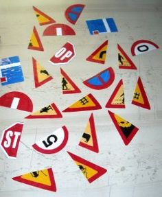 Kids Safety Road Safety activity More - Classroom Activities, Preschool Activities, Transport Topics, Transportation Theme Preschool, Safety Week, Kids Safety, Creative Curriculum, Eyfs, Teaching