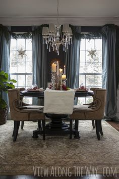 Most beautiful dining room ever! Creative Christmas table setting and centerpiece ideas. Christmas Table Settings, Furniture Sale, Furniture Websites, Furniture Movers, Office Furniture, Dining Room Inspiration, Partys, Living Spaces, Sweet Home