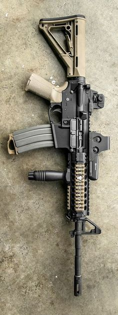 I love airsoft guns because i have some. M4a1 Rifle, Assault Rifle, Weapons Guns, Guns And Ammo, Armes Futures, M4 Airsoft, Tactical Equipment, Tactical Gear, Survival