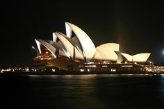 Visit and experience Sydney's culture...