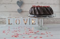Valentýnská čokoládová bábovka s granátovými jablky – Bohyně kuchyně Cooking, Cakes, Kitchen, Cake Makers, Kuchen, Cake, Pastries, Cookies, Torte