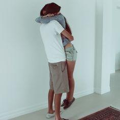 The signature Joe and Jill hug. #Throwback #TBT #TallBoyfriendProblems #ThisHas3500NotesOnTumblr #TumblrFamousBiiiiiiiitch