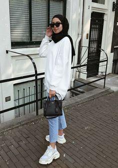 Modest Fashion Hijab, Modern Hijab Fashion, Street Hijab Fashion, Hijab Fashion Inspiration, Muslim Fashion, Fashion Outfits, Simple Outfits, Casual Outfits, Hijab Trends