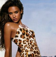 More Beautiful Women of Native American descent, this time with Jessica Alba, Angelina Jolie, Jessica Biel, Beyoncé Knowles, Cameron Diaz and more.
