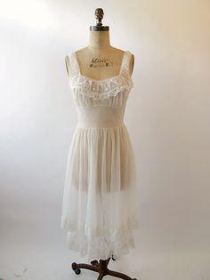 1950s Wedding White Nightgown White Nightgown 16522e757
