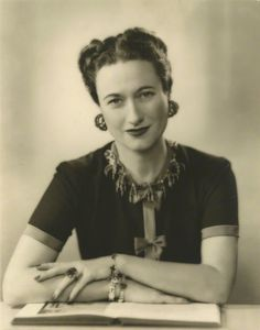 Wallis Simpson with Emerald Engagement Ring