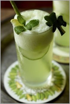Virgin Honey Dew, Cucumber, Mint Mojito Recipe