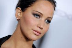 jennifer Lawrence 24 Jennifer Lawrence Measurements #JenniferLawrencemeasurements #JenniferLawrence #gossipmagazines