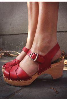Would those soles be comfortable? #hebillas #apliques #fornituras #calzado