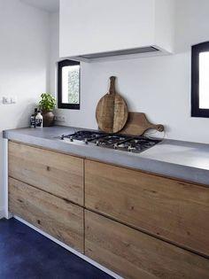 Madera y cemento en la cocina