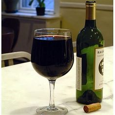 Extra Large XL Glass of Wine: Holds An Entire Bottle!