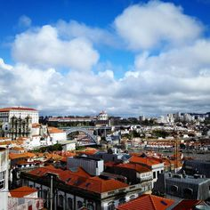 Find the bridge.  #porto #portugal #travel #love #travelphotography #visitporto #igers_porto #followporto #portozoom #wohlfühlorte #photographylovers #portography #amazing #wanderlust #douro #portugalalive #portugal_em_fotos_daily #romantic #dailypic #dailyphoto #ribeira by musenkuss