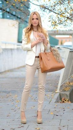 In today's article, I will share 15 The Best Voguish Business Casual for Women with you. It's high time to get down to serious fashion business outfit. Business Outfit Frau, Business Casual Outfits For Women, Casual Work Outfits, Mode Outfits, Work Casual, Classy Outfits, Blazer Outfits, Casual Chic, Fashion Outfits