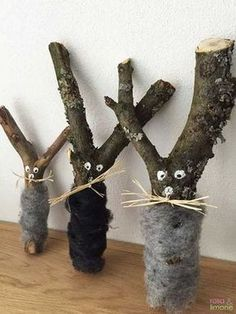 Osterhasen-Ästchen zum Basteln Easter bunny-branches for crafting & Easter is coming and we made with our children and there are pretty little Easter Bunny out of it. The post Easter Bunny twigs for crafting appeared first on Robin is Life. Diy For Kids, Crafts For Kids, Arts And Crafts, Crafts To Make, Happy Easter, Easter Bunny, Easter Tree, Branches, Diy Home Crafts