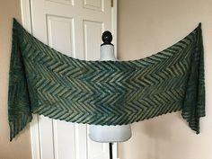 Let som en sky Vintage Crochet Patterns, Shawl Cardigan, Knit Crochet, Diy And Crafts, Let It Be, Sweaters, Cardigans, Inspiration, Shawls