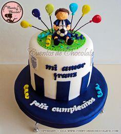 Mini torta cumpleaños alianza lima con muñequito 3D. Pídelo ahora, Rpc,whatsapp 951-292-244,ventas@cuentosdehocolate.com