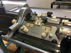 Knitting Machines For Sale, Vintage Knitting, Espresso Machine, Coffee Maker, Kitchen Appliances, Knitting Machine Patterns, Espresso Coffee Machine, Coffee Maker Machine, Diy Kitchen Appliances