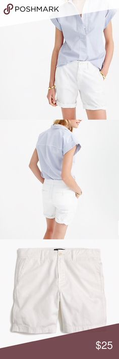 🆕 J. Crew Sunday Slim Chino Shorts NEW with Tags!! Classic white chino style shorts from J. Crew, a classic wardrobe staple!   Very comfortable shorts, features 2 side pockets, 2 button back pockets, belt loops and zipper/button front closure.   ▫️Waist: 19inches, Length: 17 inches  ▫️Sits just above hip, 7 inch inseam  ▫️100% Cotton   Smoke Free Home J. Crew Shorts