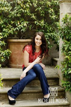 Spring Senior Style Ideas for the Class of 2014!    Lace top, flared jeans and high heels.  Kaki / Class of 2013 / Photo, Michelle Moore