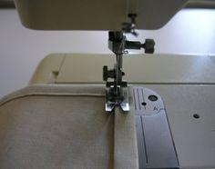 Простой секрет шитья который позволит вам шить более аккуратные и красивые уголки. Этот секрет поможет вам без труда применять его не только при шитье одежды для кукол и аксессуаров, …