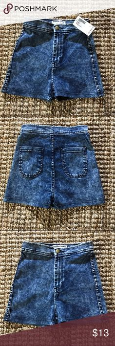 American apparel high waisted acid wash shorts S Brand new with tags American apparel shorts American Apparel Shorts Jean Shorts