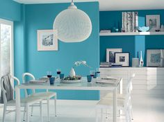 Modern living room pictures and photos for your next decorating project. Find inspiration from of beautiful living room images Turquoise Walls, Bedroom Turquoise, Bleu Turquoise, Aqua, Teal, Dining Room Colors, Kitchen Colors, Sweet Home, Relaxing Colors