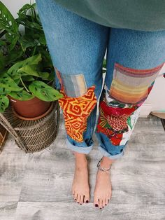 Bohemian Patchwork Jeans - Bohemian jeans Source by irinabalbatunov - Patchwork Jeans, Bohemian Style Clothing, Bohemian Fashion, Hippie Clothing, Gypsy Style, Upcycled Clothing, Diy Fashion, Fashion Outfits, Fashion Shorts