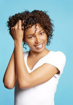 Here's a curly hair how-to for avoiding frizz and maximizing the definition of twist outs.