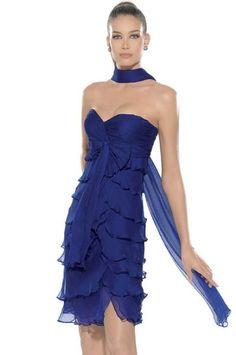 Los vestidos de coctel son la nueva sensación entre las mujeres jóvenes que ven en este estilo de vestidos una opción para las fiestas de dí...