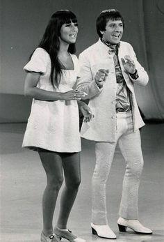 modbeatnik: Sonny and Cher performing on the Carol...