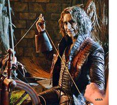 Belle French, The Dark One, Rumpelstiltskin, Robert Carlyle, Ouat, Once Upon A Time, Bobby, The Darkest, It Cast