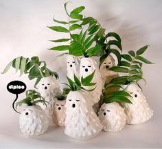 Great singing vases by Diploo