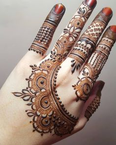 Hand picked mehendi for your special occasion Simple Mehndi Designs Fingers, Finger Henna Designs, Simple Arabic Mehndi Designs, Henna Art Designs, Mehndi Designs For Girls, Mehndi Designs 2018, Mehndi Designs For Beginners, Modern Mehndi Designs, Full Hand Mehndi Designs