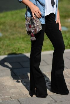 street style, flare pants, 70's mood, boho chic http://destijl.it/fashion/test/