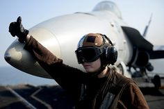 Naval Aviation has a reputation for excellence that is second to none. HOOYAH! #americasnavy #usnavy navy.com