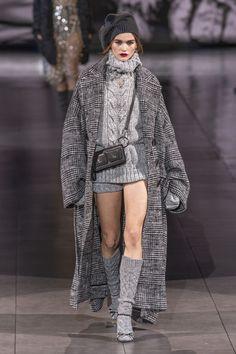 Knitwear Fashion, Knit Fashion, Grey Fashion, Look Fashion, High Fashion, Winter Fashion, Fashion Outfits, Vogue Fashion, Street Fashion