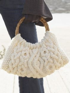 Cabled Bag - free pattern