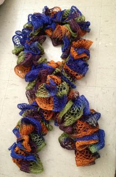 Crocheted sashay scarf