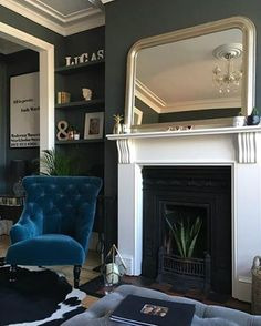 Ways To Decorate A victorian style living room decor only in omah home design Georgian Interiors, Georgian Homes, Victorian Homes, Nespresso, Rose House, House 2, Snug Room, Victorian Living Room, Dining Room Blue