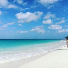 Perfect white sand perfect turquoise water perfect blue sky...it's gotta be #Aruba : @christinecabernet #DiscoverDivi #onehappyisland  #caribbean #beachlife #beach #ocean #vitaminsea #islandlife #vacationmode #travel #travelgram #wanderlust #paradise